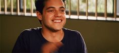 GIF HUNTERRESS — RAMI MALEK GIF HUNT (110) Please like/reblog if...