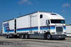 Budd van lines Freightliner FLB Ft Pierce Florida 2013