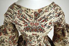 Ensemble, cotton dress with matching ruffle-edged pelerine American, ca. 1837.  Bodice detail.
