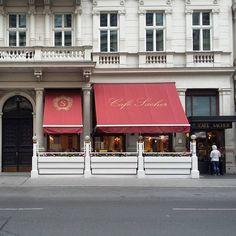 Café Sacher, Vienna, Austria #vienna #austria #backstagemuse #undertheviennasun #travel #vacation #instatravel #instadaily #bec #sahercafe
