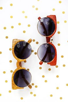 DIY glitter sunglasses!