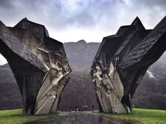 18 of The Most Incredible Monuments Ever Built - BlazePress