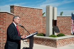 LCCC President Thomas P. Leary addresses crowd at the Walk of Honor