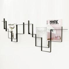 Frederik Roijé - Porte magazines Guidelines au mur