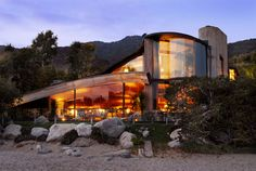 Historic LA Homes: John Lautner, the architect behind Chemosphere, also designed this beautiful house.