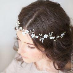 Купить Свадебный венок для прически невесты. Венок невесте из цветов. - свадебное украшение, свадебная прическа