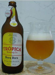 Cerveja Bora Bora, estilo Belgian Blond Ale, produzida por Trópica Brewing, Brasil. 4.8% ABV de álcool.