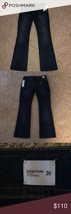 "NWT Hudson Signature Boot Cut Jeans TAKING OFFERS! Honestly I'm selling because I don't have time to get them hemmed.   The legs have a 19"" opening and the inseam is 34.5 long. New with tags. Hudson Jeans Jeans Boot Cut"