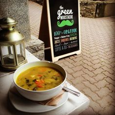 It's a gloomy day in Whistler.. Come by the village and try today's soup: VEGGIE CHICKPEA COCONUT CURRY. Full of veggies quinoa and tons of warming spices like turmeric and curry powder.  #soupday #maylongweekend #curry #greenmowhistler by greenmoustachejuice