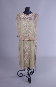 1920s lace flapper dress - amazing so pretty!