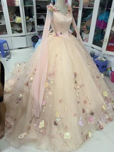 Aurora inspired gown Sleeping Beauty costume Aurora   Etsy Pretty Quinceanera Dresses, Pretty Dresses, Beautiful Dresses, Ball Gowns Fantasy, Fantasy Dress, Fairytale Dress, Fairy Dress, Quince Dresses, Ball Dresses