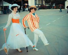 #MaryPoppins and #Berty - #Disney Mary Poppins #Cosplay