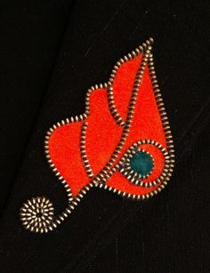 Orange Leaf designer handmade zipper and felt brooch with a safety pin. Zipper Flowers, Felt Flowers, Fabric Flowers, Ribbon Flower, Ribbon Hair, Zipper Jewelry, Fabric Jewelry, Felted Wool Crafts, Felt Crafts