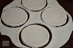 Dessert Bars, Decorative Plates, Tableware, Desserts, Fine Dining, Pie, Tailgate Desserts, Dinnerware, Deserts