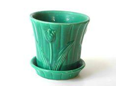 Shawnee Pottery Tulip Planter by HappySageVTG on Etsy