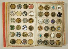 ¤ Button book 1790 French