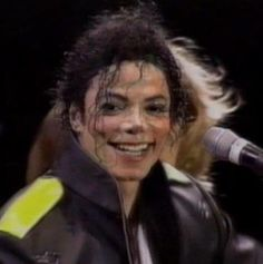 This is possible my favorite picture of Michael of all the pics I´ve EVER seen of him. Not because it´s the it´s the best photographic picture, it´s just because he looks so happy here, and the joy on his face is just so.. wonderful looking at. My heart gets warm when I see him smile, but the smile in this picture is something very special. ( that´s why I´m posting it here ;)) It also gives me a certain feeling when looking at it that I can't describe. I LOVE you MORE Michael <3
