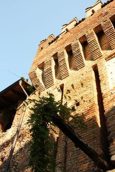 Il mastio, l'ingresso del Castello di Castelnovo Val Tidone #piacenza #turismoER #emiliaromagna #valtidone