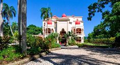 The resort makes a bold statement in its surroundings - Playa Grande