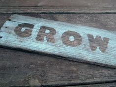 Garden Barnwood Sign ~ * THE COUNTRY CHIC COTTAGE (DIY, Home Decor, Crafts, Farmhouse)