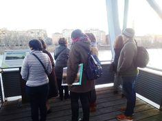 Intervención artistíca en recuerdo al antiguo Puente de Tablas. Zaragoza. Ruta ¡Asómate al Balcón!