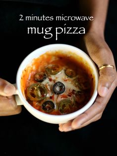 2 mins mug pizza cake, pizza in microwave recipe with step by step photo/video. simple, easy & quick veg pizza in coffee mug in microwave within 2 minutes. Microwave Pizza, Easy Microwave Recipes, Quick Recipes, Quick Easy Meals, Instant Recipes, Garlic Recipes, Easy Snacks, Veg Pizza Recipe, Pizza Recipes