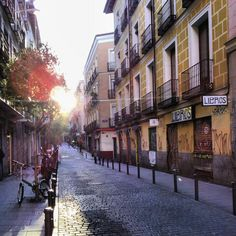 La calle Espíritu Santo, por muchos motivos, mi calle favorita de Madrid.