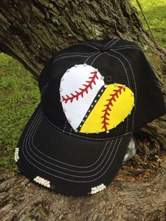 Baseball Softball Heart, Team Fan Gear, Sports Mom, House Divided Gear by blossomsbyrhonda. Explore more products on http://blossomsbyrhonda.etsy.com
