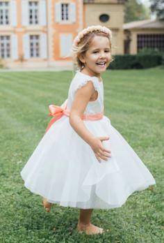 Robe Aurore Les Petits Inclassables disponible chez Perle - Maison de  Mariée. Essayages privatifs sur e3393cb0da7