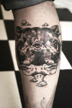 Bear (on calf) by Otto D'ambra