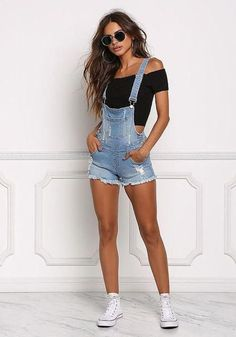2019 Sommer Outfit: Jeans Jumpsuit Kurz für Damen 2019 Summer Outfit: Jeans Jumpsuit Short for Women Outfit Jeans, Jeans Outfit Summer, Summer Outfits For Teens, Casual Summer Outfits, Edgy Outfits, Cute Outfits, Fashion Outfits, Overall Shorts Outfit, Cute Overall Outfits