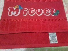 linda toalha Bordada ' MIGUEL'