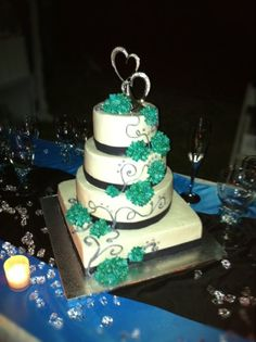 wedding cakes with teal flowers fondant edible pearls mix of colors teal silver and 26128