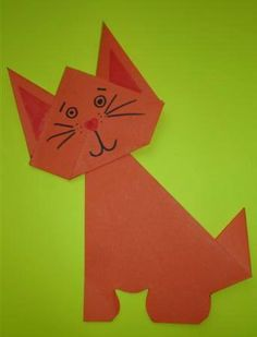 Easy origami craft for kids Origami Folding, Origami Art, Fun Arts And Crafts, Crafts For Kids, Cat Crafts, Paper Crafts, Class Pet, Art Classroom, Teaching Art