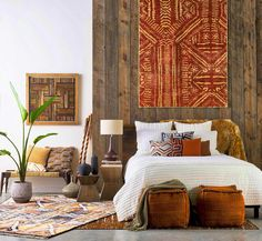 12 Inspiring Ways To Creatively Display Your Textile Collection – Lamour Artisans Bohemian Room, Bohemian Bedroom Decor, Bohemian Style, Earthy Bedroom, Bohemian Interior, Bohemian Design, African Bedroom, African Themed Living Room, Interior Design Trends