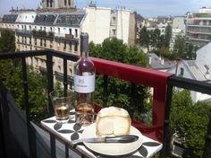 Paris Balcony, Kitchen Appliances, Treats, Paris, Table, Diy Kitchen Appliances, Sweet Like Candy, Home Appliances, Goodies