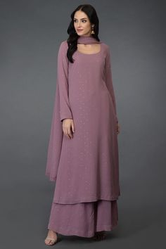 Lilac Handcrafted Mukaish Farshi Palazzo Suit Source by angelzuu Pakistani Dresses Casual, Indian Gowns Dresses, Indian Fashion Dresses, Dress Indian Style, Pakistani Dress Design, Indian Outfits, Pakistani Fashion Casual, Pakistani Bridal, Indian Attire