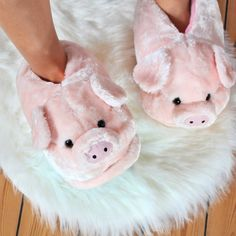 Bunny Slippers, Cute Slippers, Makeup Hairband, Sun And Moon Necklace, Cute Piglets, Pink Uggs, Shearling Slippers, Lit Shoes, Cute Pajamas