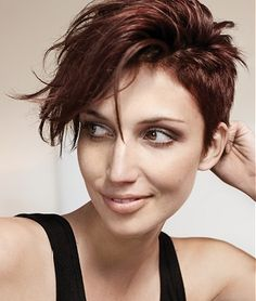 a moderate sidecut (side is cut considerably shorter.