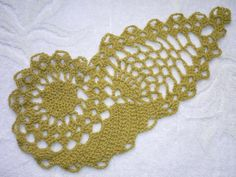 Fabulous crocheted paisley on great Russian crochet site. Clear diagrams need no translation.