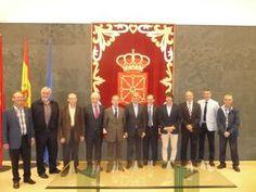 Twitter Nafarroako errege aeroklubaren zuzendaritza, Nafarroako parlamentuan