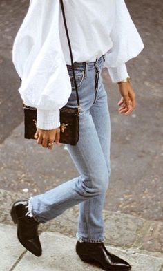 fall street style. oversized sleeve top. vintage denim. pointed ankle boot.