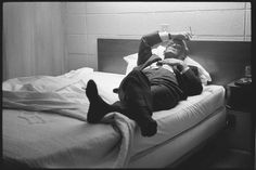 Steve SCHAPIRO :: Truman Capote in motel room,Humboldt, KS, 1967