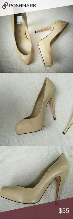 """🔥JUST IN!🔥Nude Platforms Beautiful pair of Dolce Vita nude platforms. These shoes are a great staple item for any woman's wardrobe. Heel measures 4.75"""" and the platform is an inch. Very light wear to the soles. There are some marks I've posted above, but aside from those these shoes are in excellent shape! Price is reflective of flaws. Dolce Vita Shoes Platforms"""