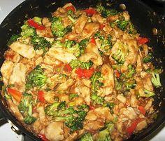 General Tso's Chicken Stir Fry ... 8 huge servings = 299 calories per serving