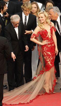 Rachel McAdams 'elbise Woody Allen ve Owen Wilson bu resmi seviyorum.  @ MarchesaFashion # Cannes