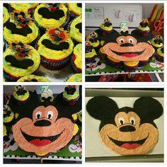 Micky mouse cupcake cake.