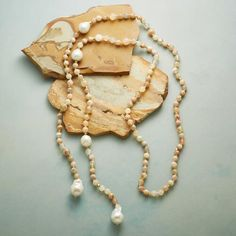 PEARL LARIAT NECKLACE: View 2