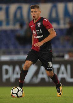 Nicolo' Barella of Cagliari Calcio in action during the Serie A match between SS Lazio and Cagliari Calcio at Stadio Olimpico on October 22, 2017 in Rome, Italy.
