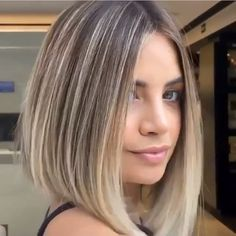 Long Bob Hairstyles, Scarf Hairstyles, Latest Hairstyles, Short Hair Cuts, Short Hair Styles, Beautiful Hair Color, Blonde Bobs, Face Shapes, Hair Looks